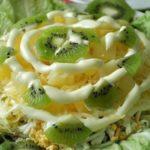 Вкусный салат «Хелел» — восхитительное блюдо, которое в миг сметают со стола