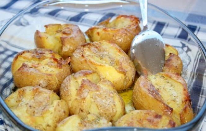 Теперь люблю запеченный картофель еще больше! До невозможного вкусное блюдо португальской кухни