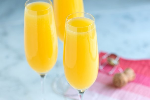 prazdnichnyj-koktejl-mimoza