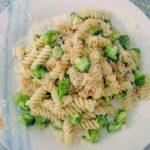 makarony-s-brokkoli-i-syrom