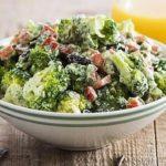 salat-iz-brokkoli-s-pryanoj-zapravkoj