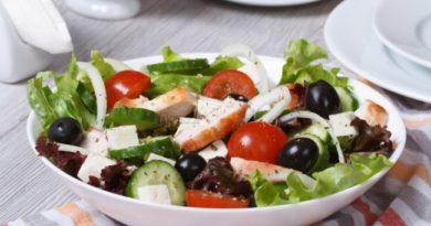 grecheskij-salat-s-myasom