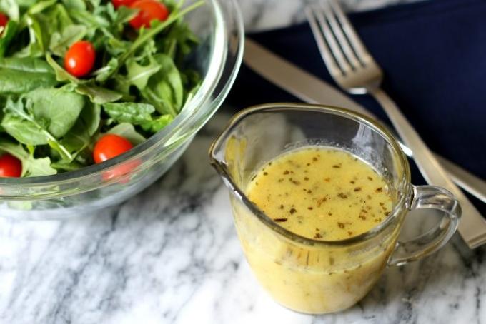 apelsinovaya-zapravka-dlya-salatov