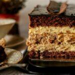 shokoladnyj-tort-pave-s-orehami