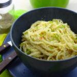 spagetti-s-yajcom-i-syrom