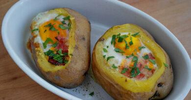 Запеките картошку таким образом, и вы всегда будете готовить её так.