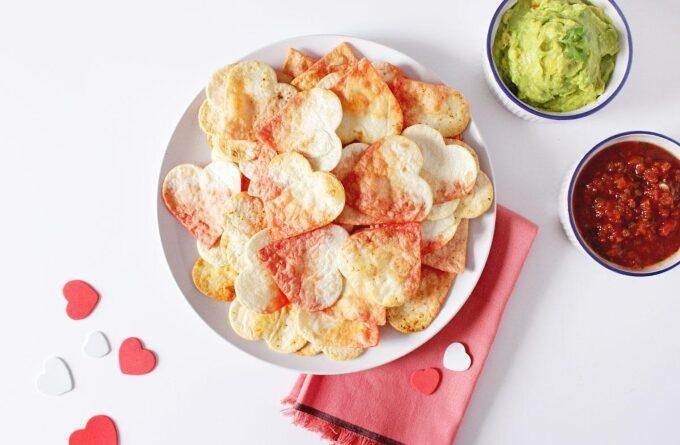 chipsy-iz-lavasha-ko-dnyu-svyatogo-valentina