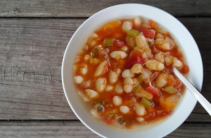 grecheskij-fasolevyj-sup