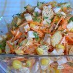 salat-s-korejskoj-morkovyu-i-suharikami