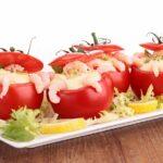 pomidorki-cherri-farshirovannye-syrom-i-krevetkami