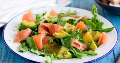 salat-s-lososem-apelsinami-i-avokado