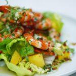 salat-s-mango-krevetkami-i-avokado
