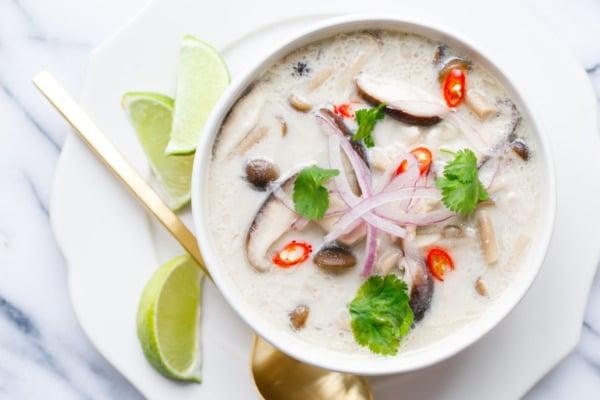 tajskij-sup-tom-kha-gai