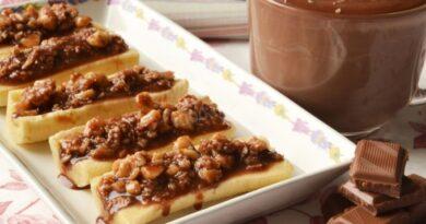 banany-farshirovannye-orexami-v-shokolade