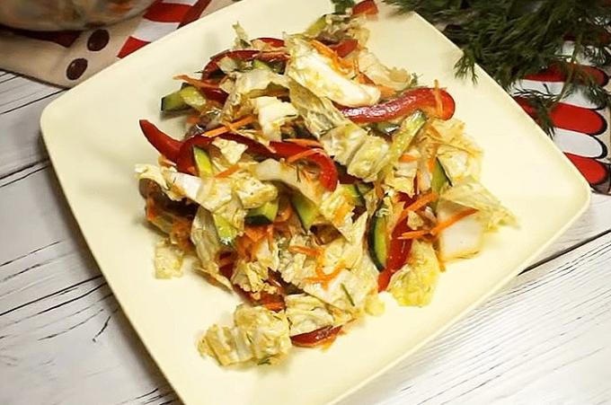 salat-s-myasom-i-pekinskoj-kapustoj