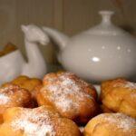 Воздушные пышки к чаю : простой рецепт на скорую руку