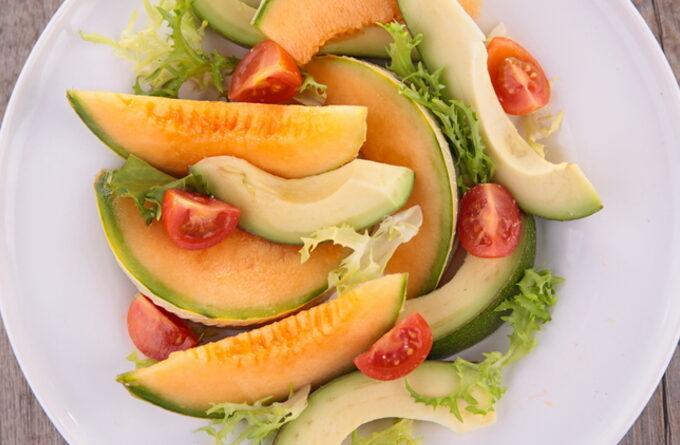 salat-iz-dyni-i-avokado