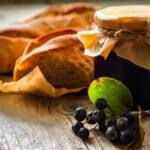 varenye-iz-chernoplodnoj-ryabiny