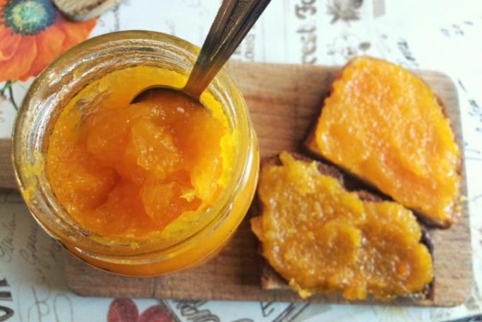 yablochnyj-dzhem-s-tykvoj-i-apelsinami