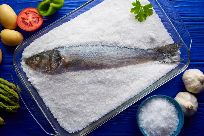 ryba-v-soli-v-duxovke