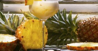 ananasovyj-punsh