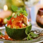 prazdnichnyj-salat-v-avokado