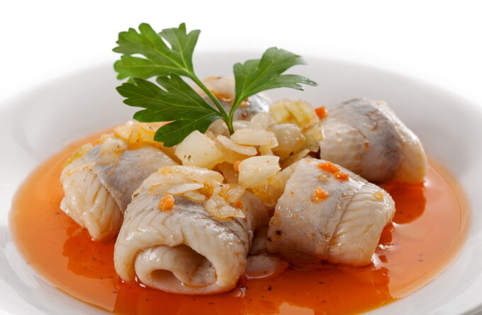 seledka-v-tomatnom-souse