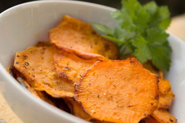 morkovnye-chipsy
