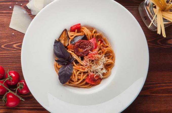 spagetti-s-baklazhanami