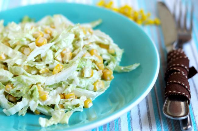 salat-iz-kapusty-s-kukuruzoj