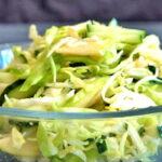 salat-s-kapustoj-yablokami-i-ogurcami