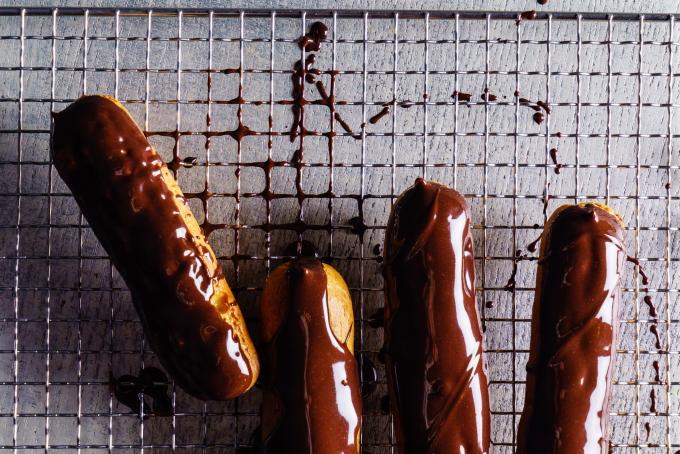 eklery-v-shokoladnoj-glazuri