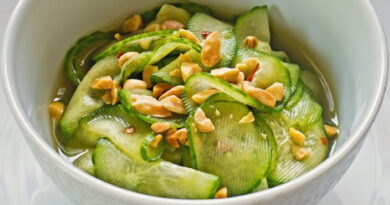 ogurechnyj-salat-s-araxisom