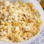 kurinyj-salat-s-kukuruzoj