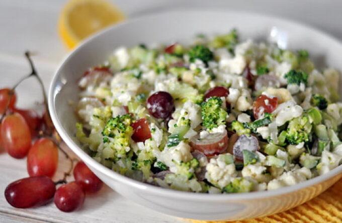 salat-s-cvetnoj-kapustoj-brokkoli-i-vinogradom