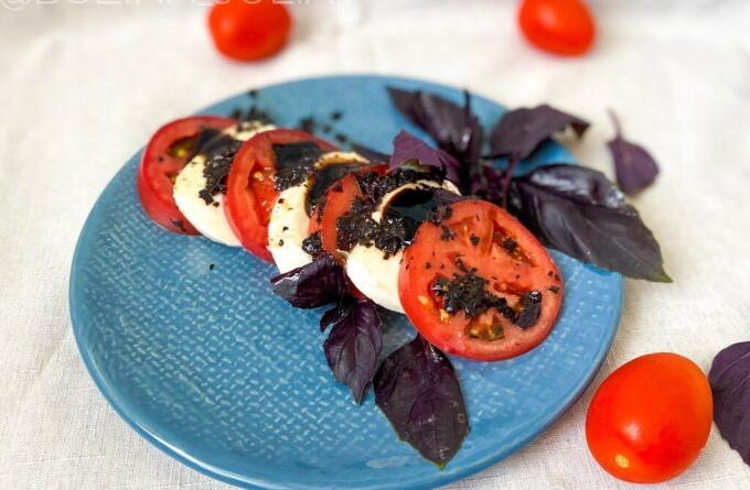 zakuska-iz-pomidorov-po-italyanski