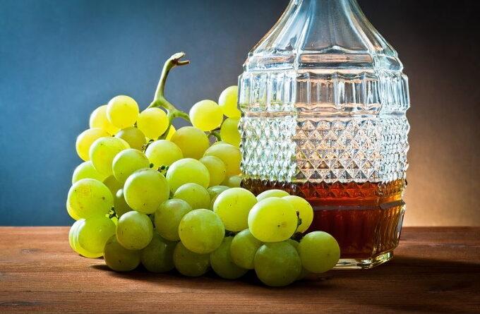 nastojka-iz-vinograda-na-vodke