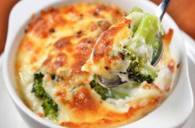 zapekanka-s-ryboj-i-brokkoli