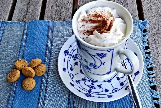 kakao-so-vzbitymi-slivkami
