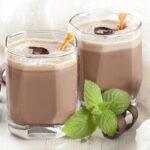 koktejl-iz-kakao-i-kefira