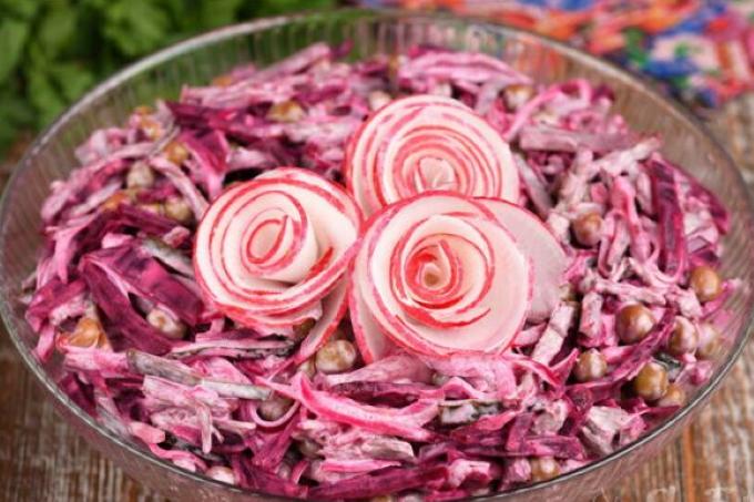 myasnoj-salat