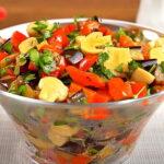 salat-s-baklazhanami-percem-i-gribami