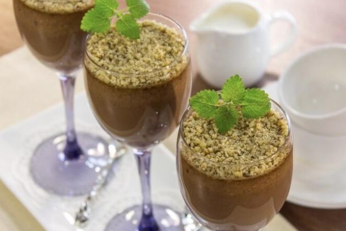 shokoladno-orexovyj-desert
