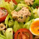 ovoshnoj-salat-s-tuncom