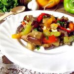 salat-s-baklazhanami-pomidorami-i-percem