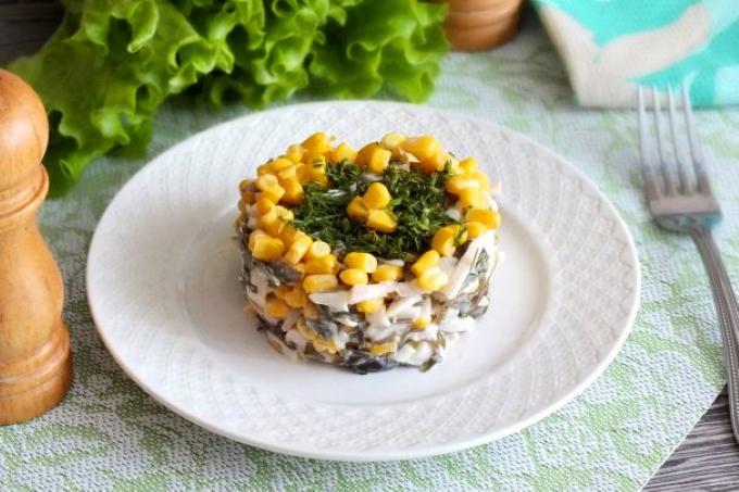 salat_s_moreproduktami_i_kukuruzoj