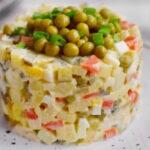 stolichnyj-salat-s-yablokom
