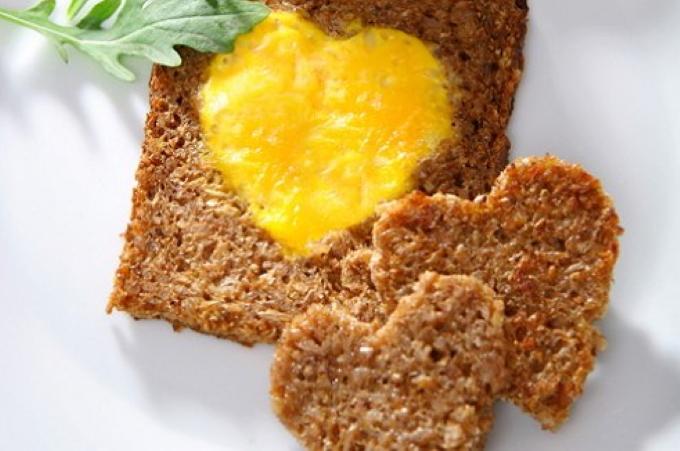tosty-s-yajcami
