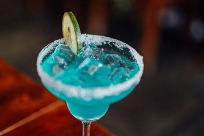 koktejl-golubaya-margarita
