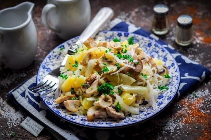 minskij-salat-s-kartoshkoj-i-gribami